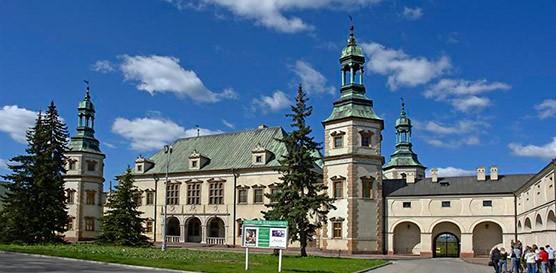 8-9 ноября 2014 Кельце Польша CACIB + XXIX Клубная выставка терьеров / ShowLeader (Шоулидер) - поездки с собаками на выставки